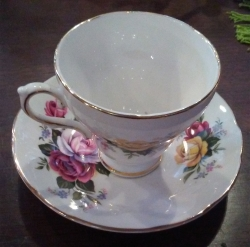 Superstar Universe, LLC Vintage Royal Sutherland Fine Bone China Teacup and Saucer WITH FREE SHIPPING